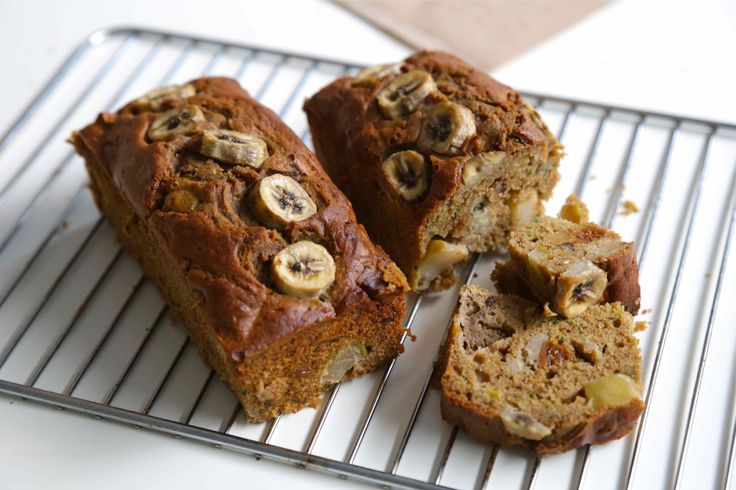 ZUCCHINI FIG AND APPLE LOAF
