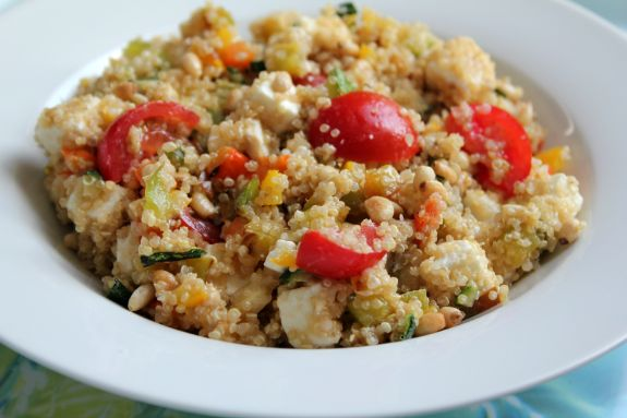 Recept: Quinoa salade met feta en courgette