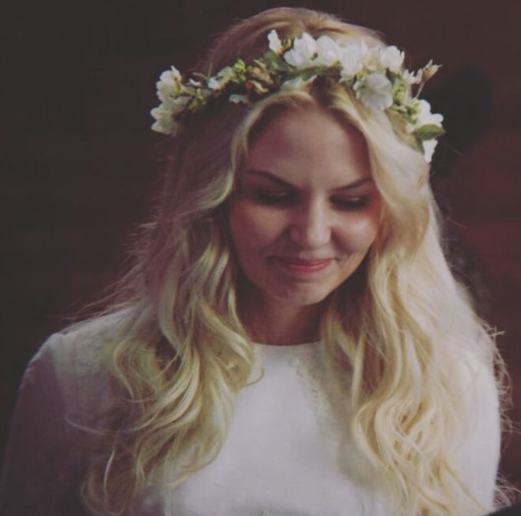 Emma Swan, flower crown