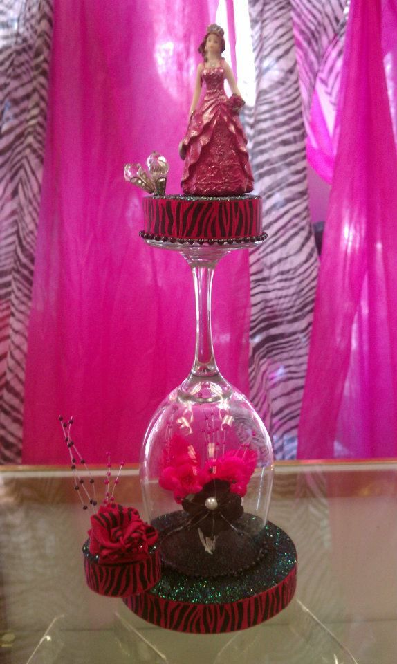 146 best centro de mesa quinceanera images on pinterest for Quinceanera decorations
