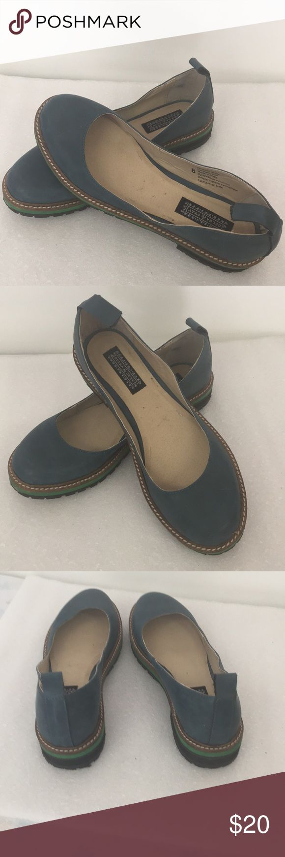 Durable Like New Faux Leather Deena & Ozzy Shoes