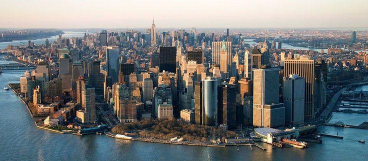 Nueva York es la ciudad más poblada de los Estados Unidos de América, y la tercera mayor poblada del continente americano, después de Sao Paulo y la Ciudad de México. La ciudad de Nueva York está l…