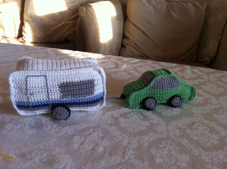 Crochet car and camper