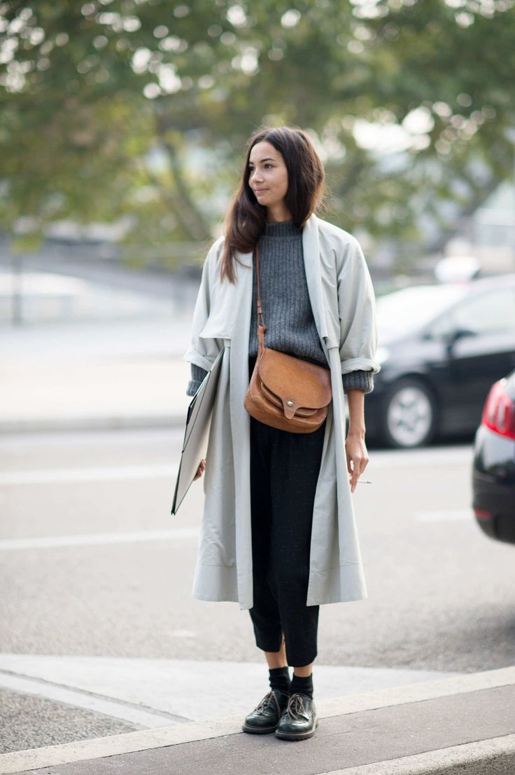 Grey trench, ribbed sweater, leather crossbody bag, cropped pants & boots #style #fashion