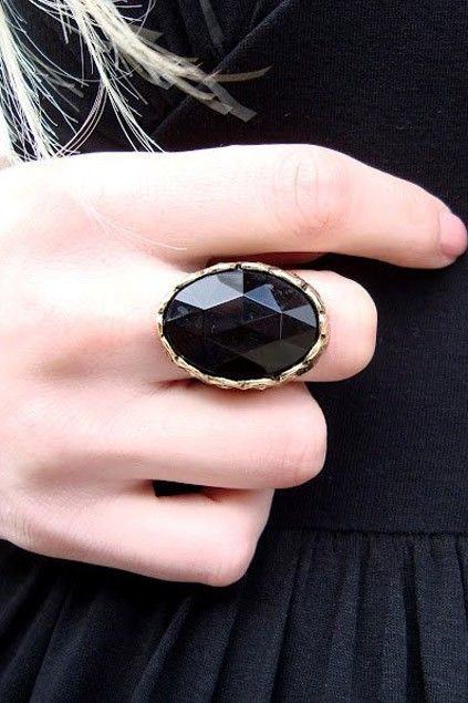 Retro chic black onyx personality ring. Old style with the unique design and personality, sending out a  flavor of retro feeling.$8