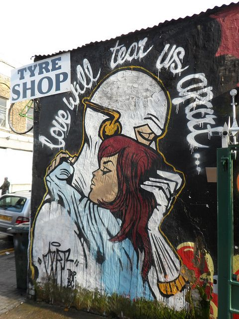 Street Art in Hoxton in London | Europe a la Carte Travel Blog. Our tips for things to do in London: http://www.europealacarte.co.uk/blog/2013/08/09/london-tips/ #london #travel #vacation