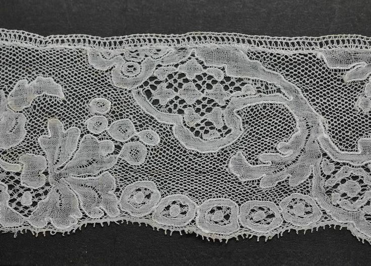 mid 18th c Louis XV design Flemish Mechlin lace with fond de glace or ijsgrond (detail)