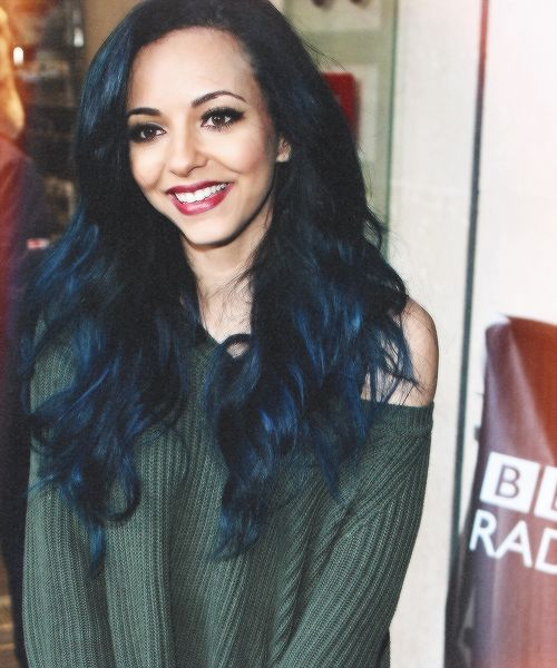 JADE IS FLAWLESS AND ITS OK IF YOU THINK SHES NOT BUT YOURE WRONG AND WOW I LOVE HER HAIR