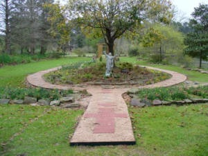 17 best images about spiritual self on pinterest divine for Rosary garden designs