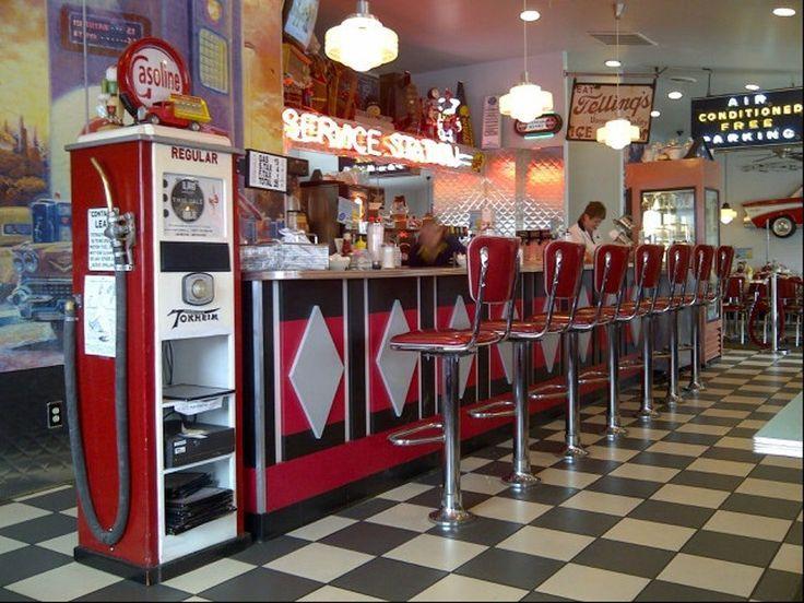 50s Themed Diner In Ohio Nussknacker Familienrestaurant In Pataskala Let S Go In 2020 Family Restaurants Ohio Diner