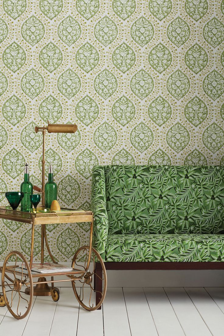 Since 1974, Nina Campbell has been designing interiors that are epitomised by luxury, practicality and a sense of wit. And just like her interiors, the Nina Campbell Wallpaper collection showcases the same design sensibility.