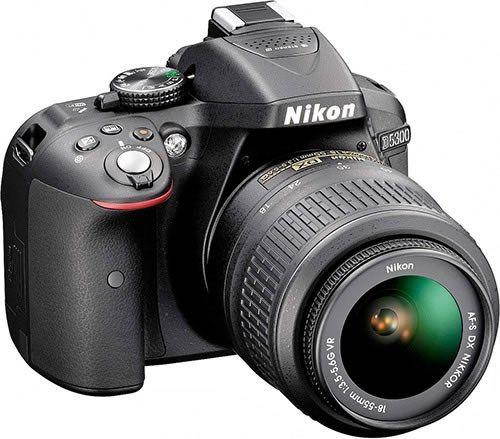 Nikon D5300 Kit + AF-S DX 18-55mm VR   Preço: 780,00 €
