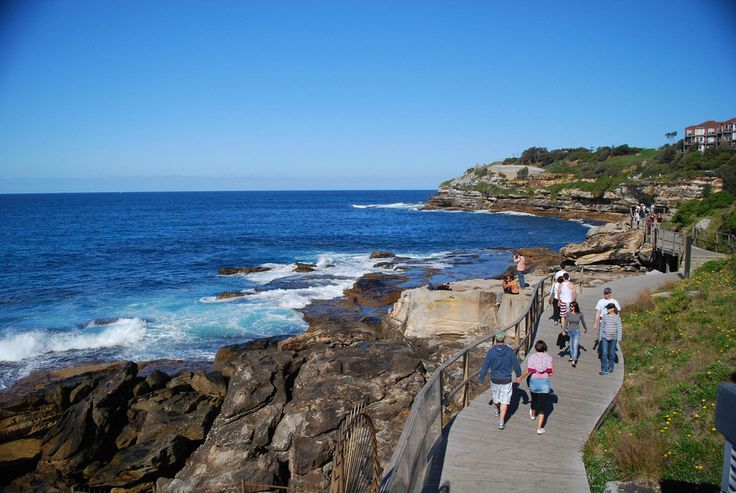 Bondi beach is a great place to hand out with the family! Play in the sea during the day, and have an ice-cream on the boardwalk in the afternoon! And at night?... delicious room service at the #hotel!