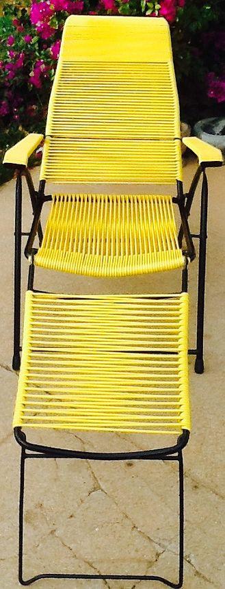 Chaise longue scoubidou des années 50.