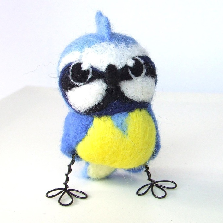 Needlefelted Bird Blue ~ This shop is ridiculously cute!!