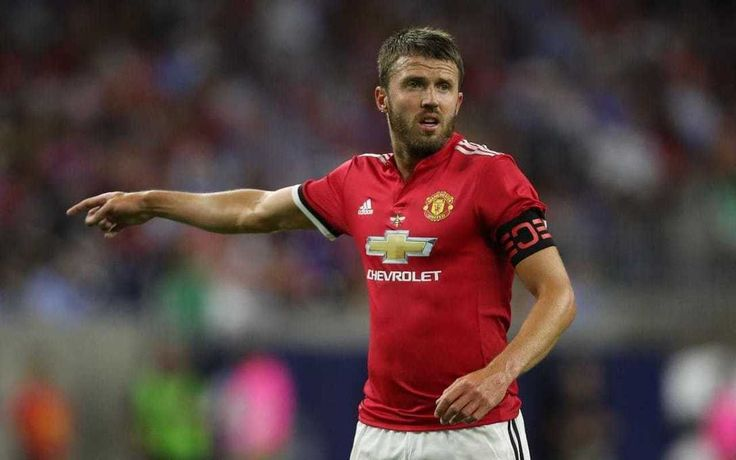 Sometimes things are more important than #Football. #MichaelCarrick can now carry on as normal.
