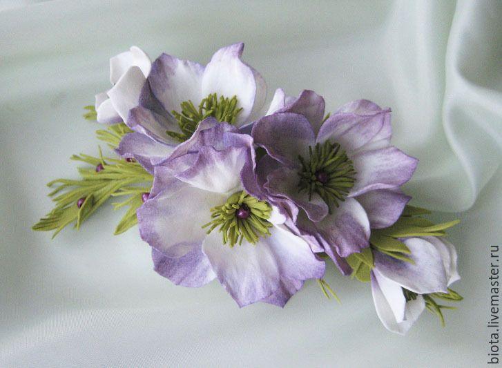 """Купить Заколка с цветами. """"Белая ночь"""". Цветы из фоамирана - белый, сливовый, бледно-фиолетовый"""