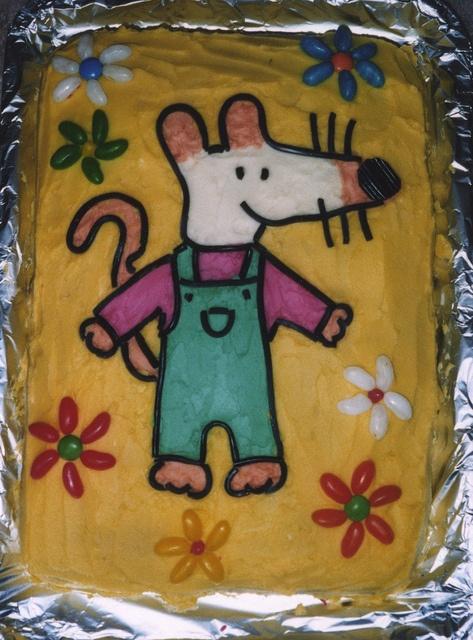 Maisy Mouse cake #cakedecorating #kidsparty #birthdaycake