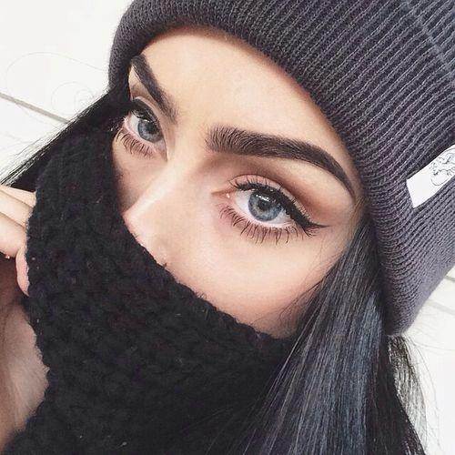 high arching eyebrow fetish