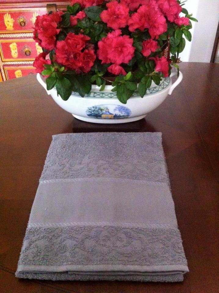coppie di spugna con tela aida a 6,00€ in grigio scuro