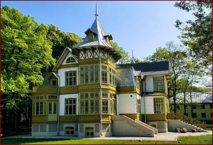 Skansen Łódzkiej Architektury Drewnianej położony przy Centralnym Muzeum Włókiennictwa w Łodzi. #kulturalnełódzkie
