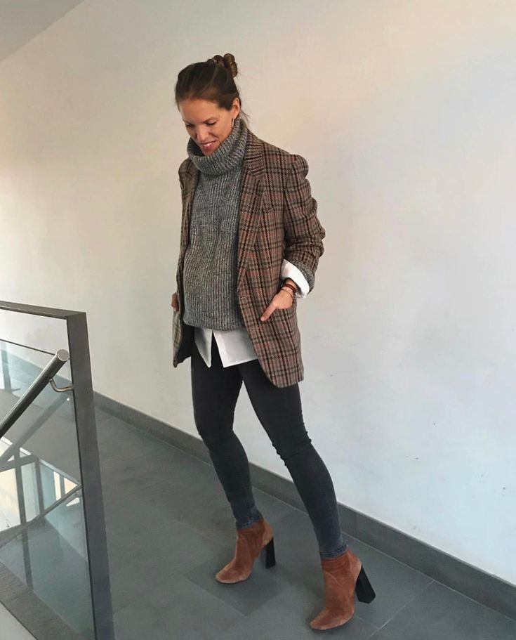 idea: turtleneck sweater with tan flannel