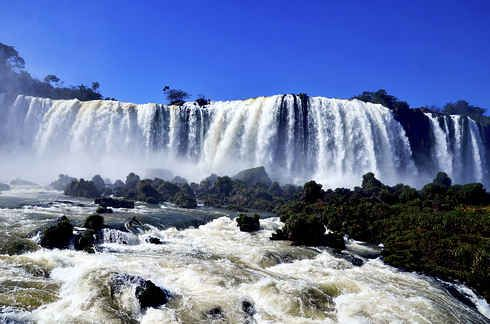 26 Breathtaking Places In Latin America You Should Visit Before You Die