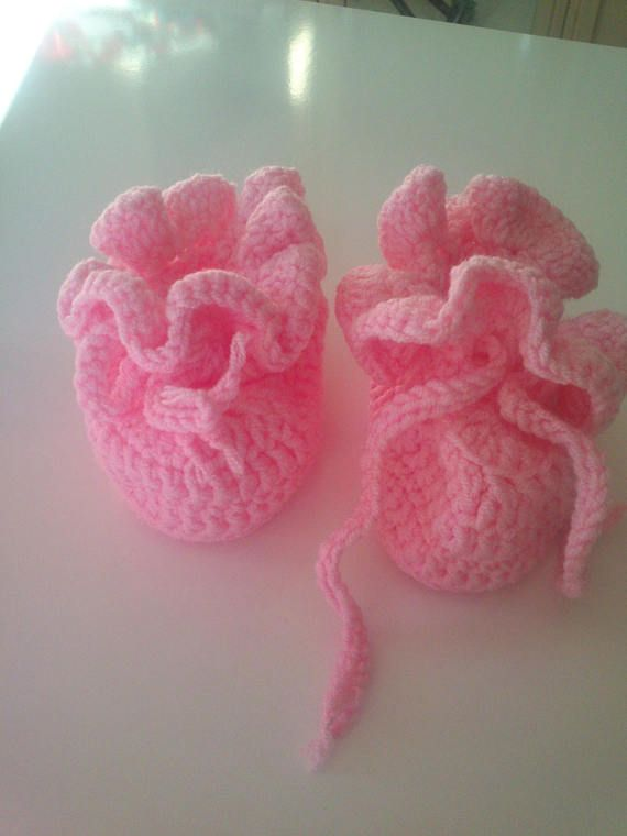 Baby booties.Crochet baby booties for baby.