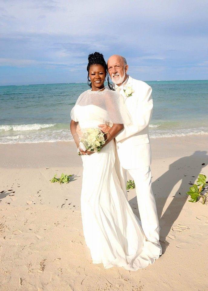 Beautiful! Interracial couple #Love #WhiteMenBlackWomen #BlackWomenWhiteMen…