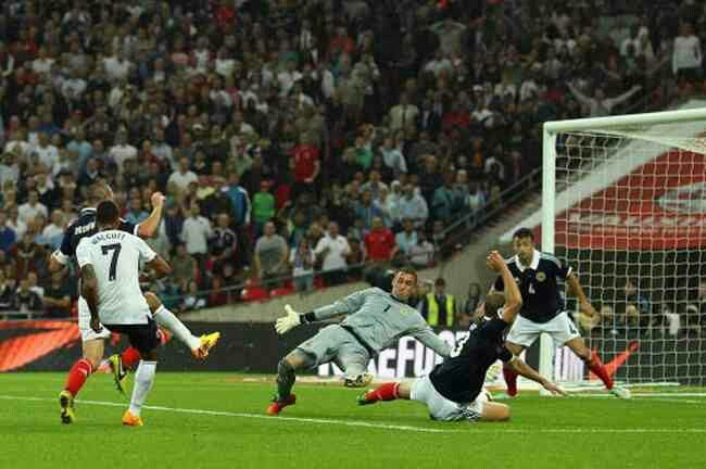 England 3 Scotland 2 in Aug 2013 at Wembley. Theo Walcott equalised with a nice finish in the friendly international.