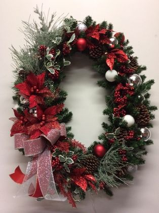 Large Oval wreath in red, silver and frosted mint green detail.