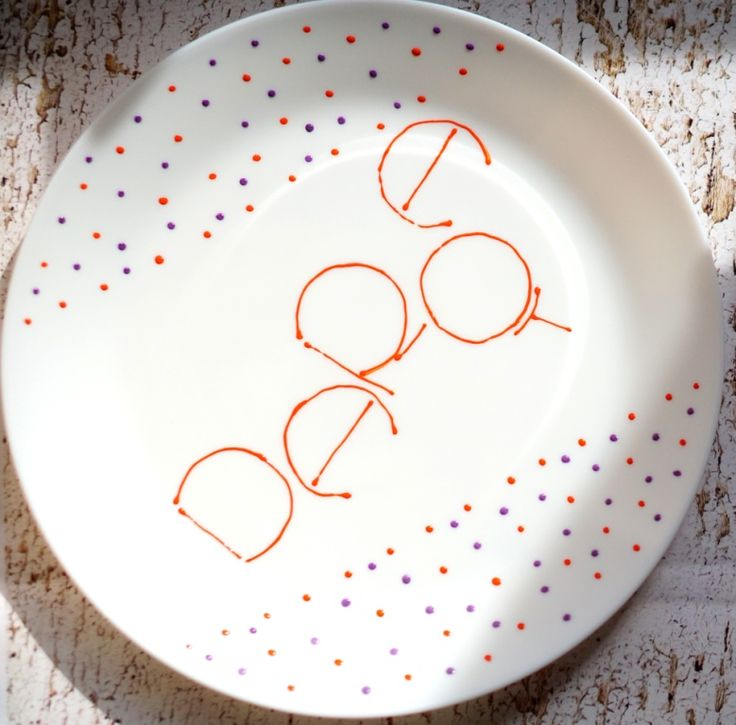 pentru Daria, cu dragoste. povestipefarfurie povesti pe farfurie handmade farfurie pictata de mana de Anaisme