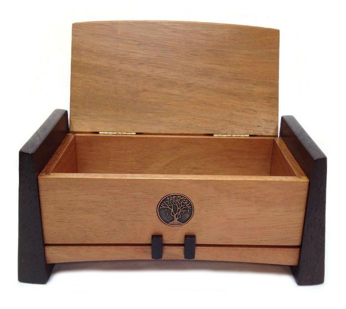 Kovecses Woodworking - Large Keepsake Box Show here is the Large Keepsake Box from Kovecses Design. Crafted from Caribbean Walnut and Wenge and accented with a Bronze Tree design inlay, this box would