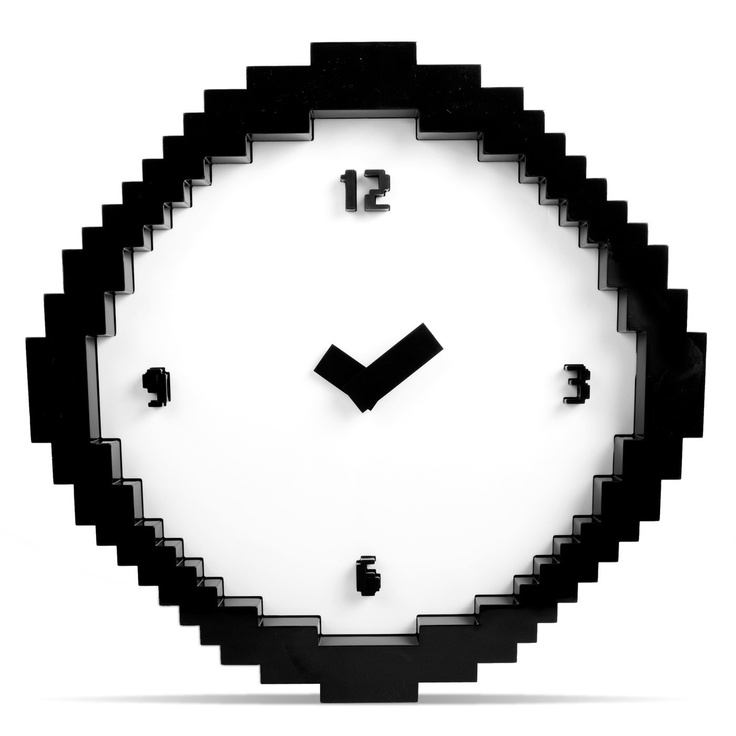 Awesome pixelated wall clock
