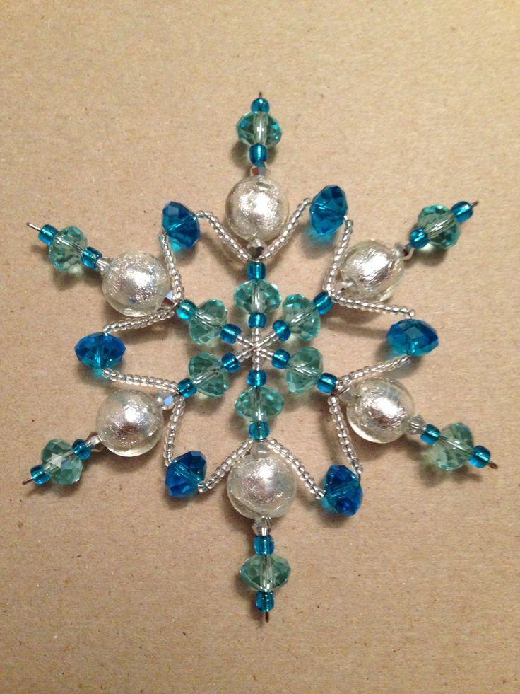 Bead snowflake ornament...very pretty!!!