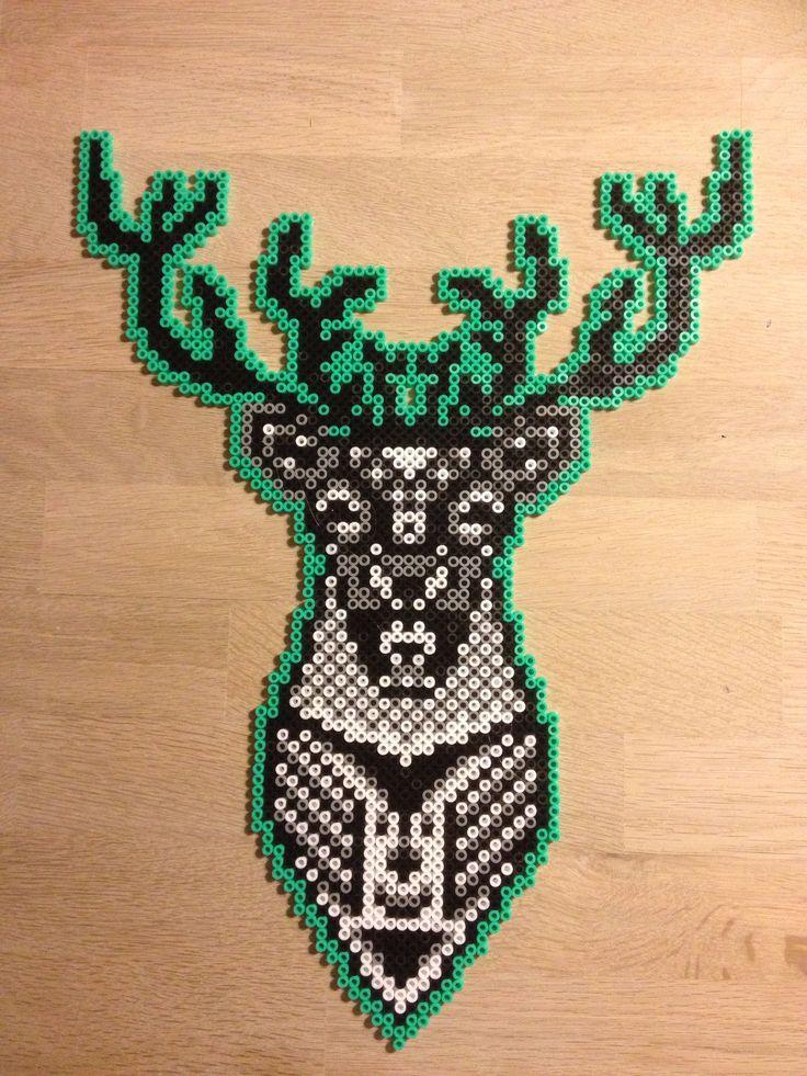 Hama beads deer / stag.  Kronhjort i Hama perler