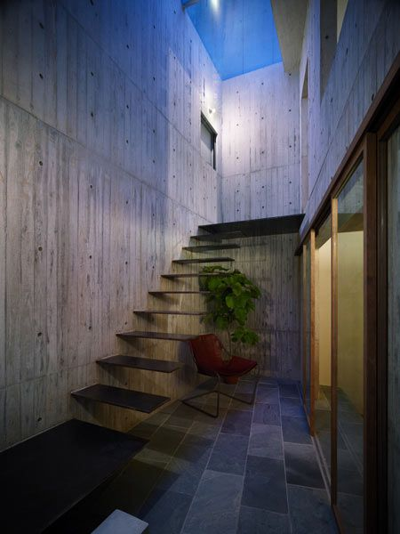 House in Hiro by Suppose Design OfficeOffices Home, Floating Stairs, Suppo Design, Architecture Interiors, Supposed Design, House In Hiro, Outdoor Stairs, Architecture Design, Design Offices