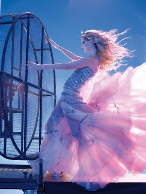 Juan Gatti - Photos - Moda Espanola