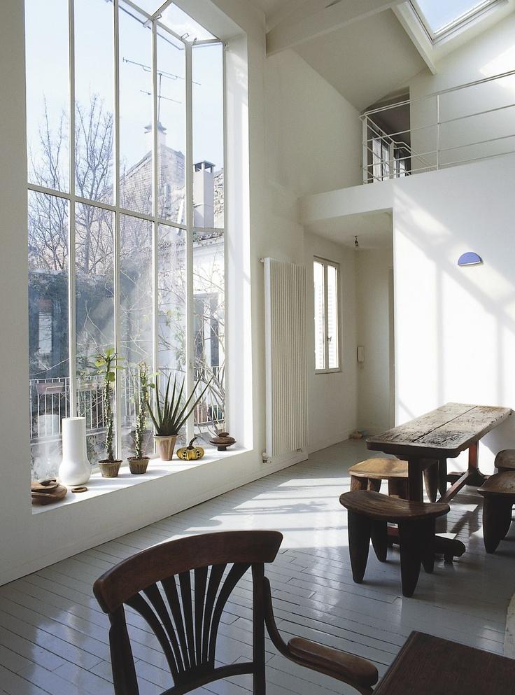 love the table & window display