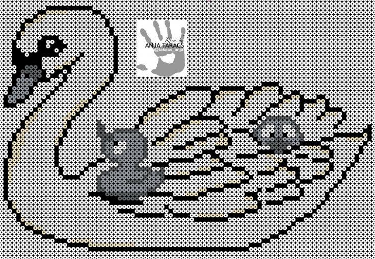 Da mors dag er lige om hjørnet har jeg designet denne svane med ællinger. Svanemor er lave på 6 plader, 2x3 plader på langs. Farvekoder: Hvid/sort 01/18 Hvidgul: 207-02 Pastel: rød 207-44 Mørk grå: 207-17 Lys grå: 207-70