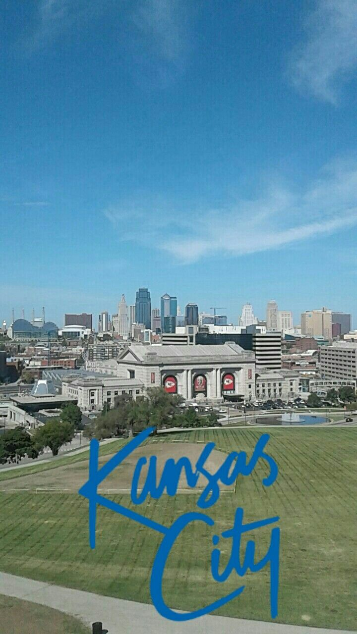 c7ee0fa47d7fad View of downtown KC from the top of National WWI Museum tower in Kansas City