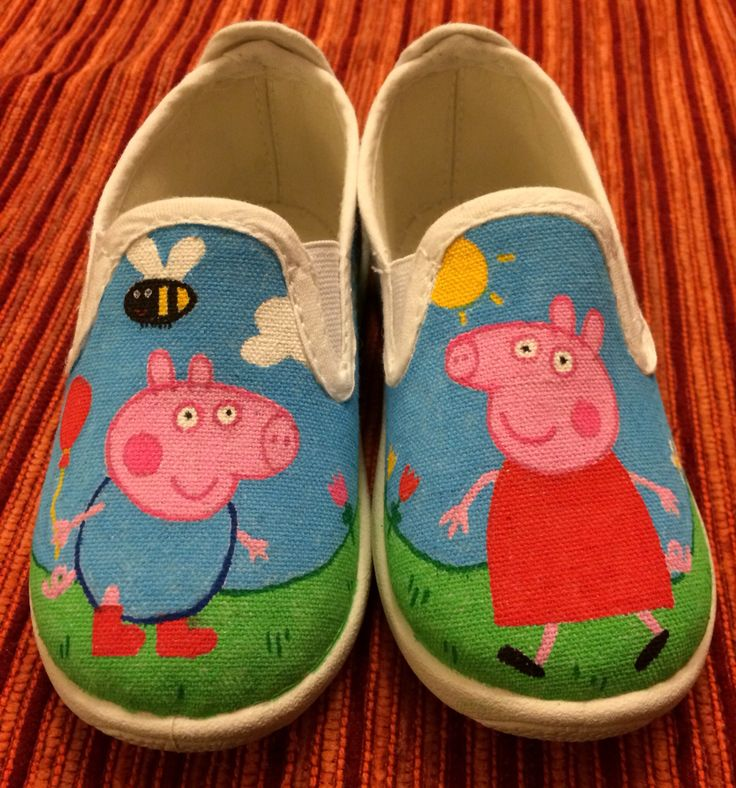 Peppa pig shoes decorated with posca markers