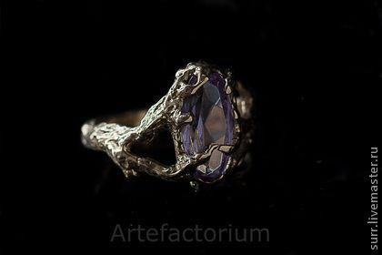 22. Золотое кольцо с александритом - сиреневый,Александрит,кольцо с камнем