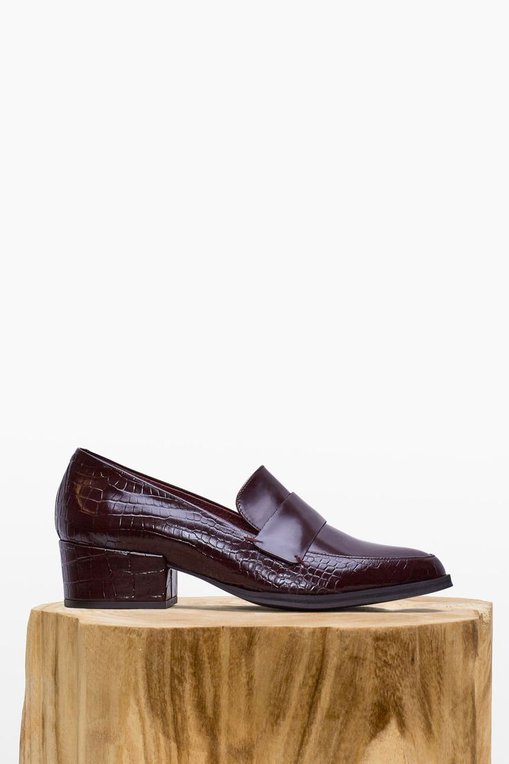 Mocasín piel grabada | Zapatos | Cortefiel