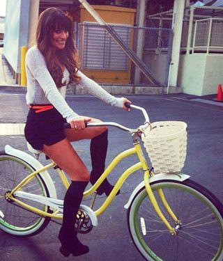 Lea Michele's bike. Je veux le même !