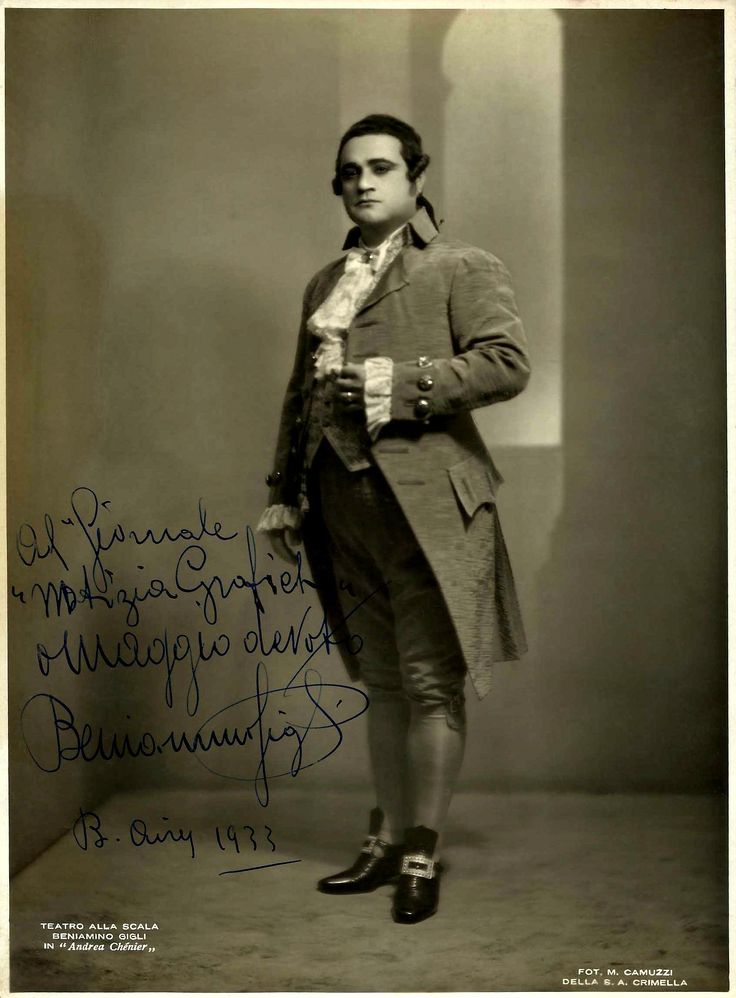 "Beniamino Gigli in the title role in Umberto Giordano's ""Andrea Chénier"" (1896) in 1933."