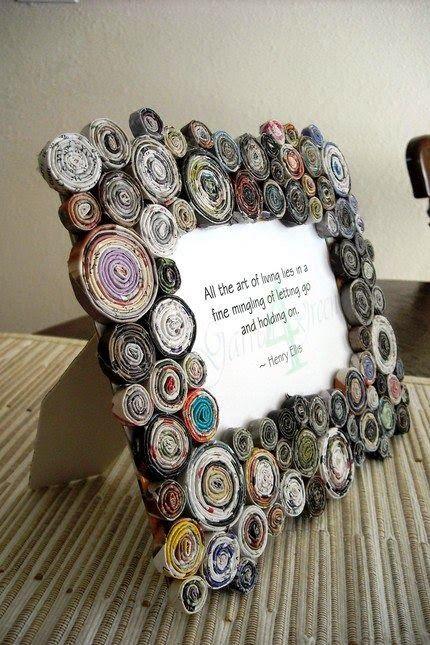 Portaretratos reciclados con recortes de revistas