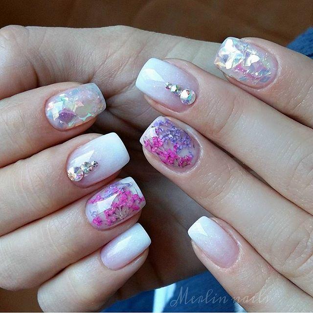 merlin_nails