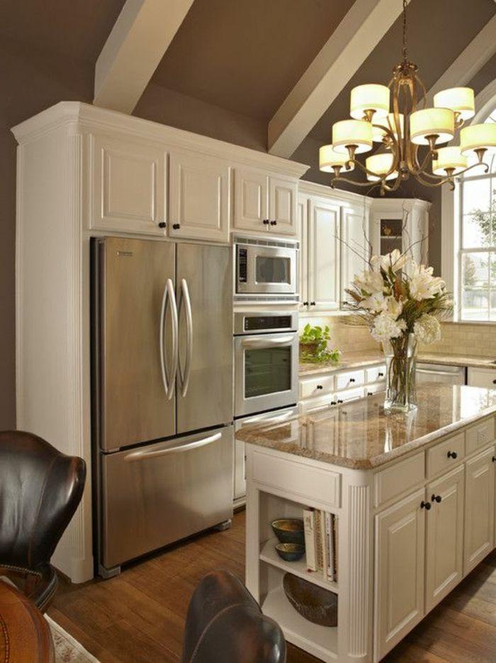 meubles de cuisine en bois clair, comment et où poser un ilot central ikea dans la cuisine