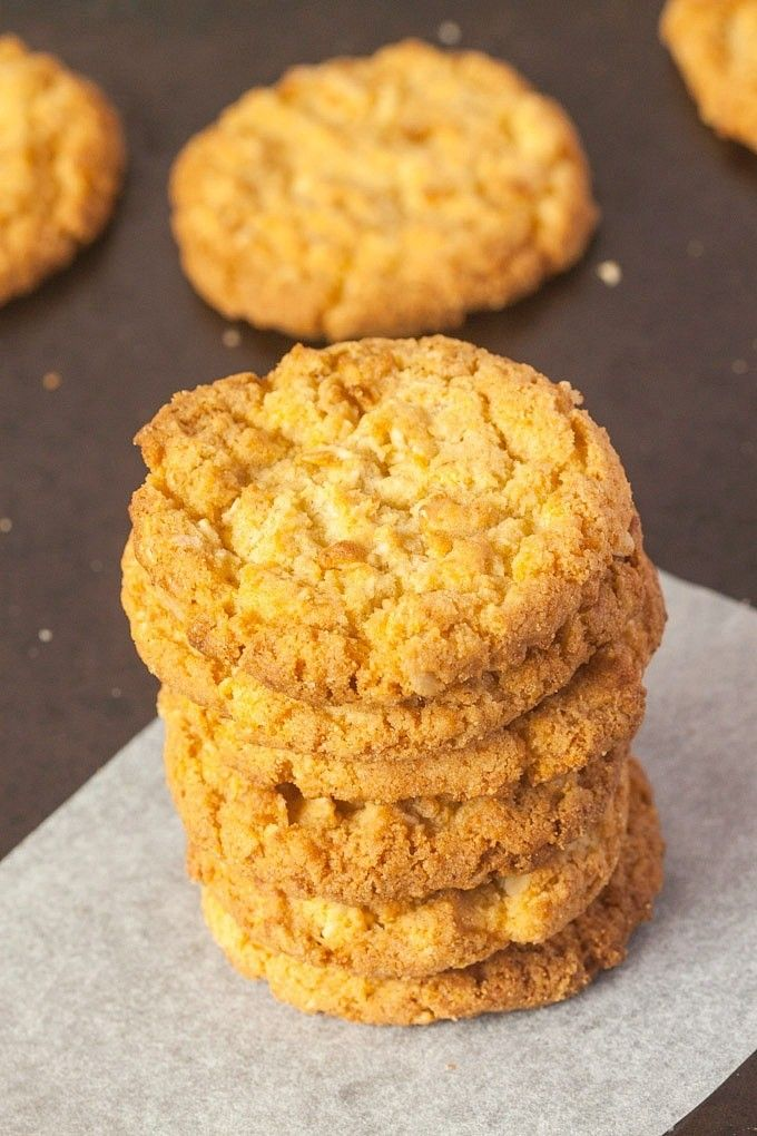 Sugar Free Anzac Biscuits- These Anzac biscuits are gluten free, sugar free and vegan and completely granulated sugar free!